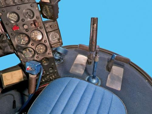 Bell H-13J Front Seat Panorama