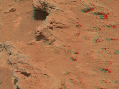 3D Anaglyph of Hottah outcrop on Mars