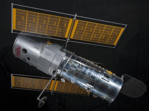 Hubble Space Telescope 1:5 Model (A19830233000)