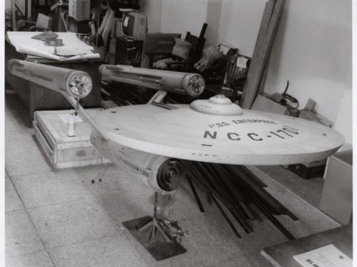 """Star Trek Starship """"Enterprise"""" Model Restoration"""