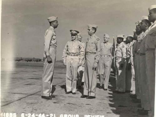 Group of airmen in uniform