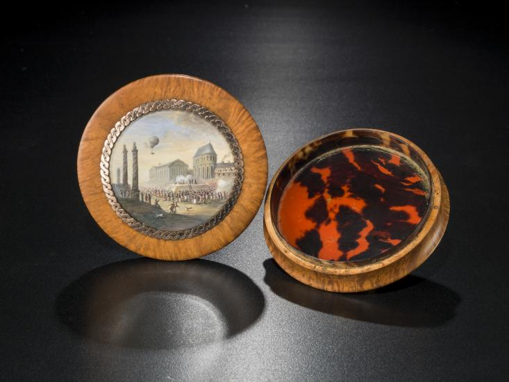 Snuff box from the Kendall Collection