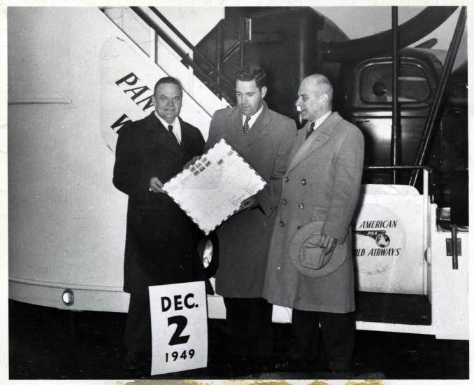 Thomas Lanphier boards airplane