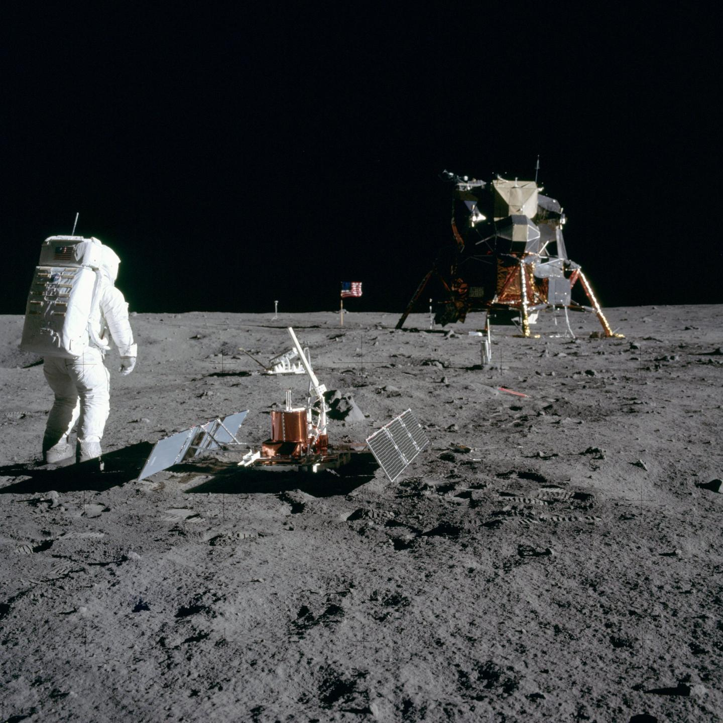 Buzz Aldrin Sets Up the PSEP
