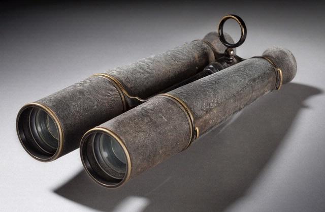 Thaddeus Lowe's Binoculars