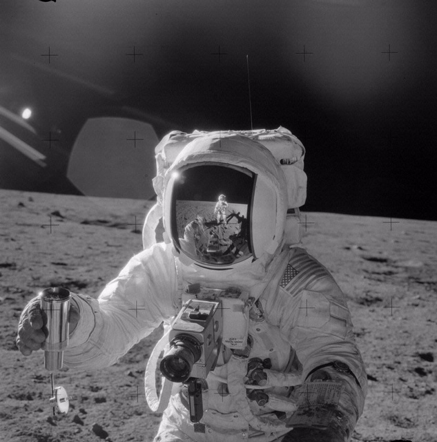 Apollo 12 - Alan Bean