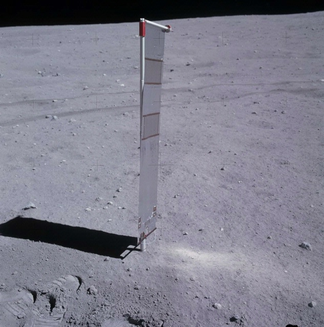 Apollo 16 Solar Wind Experiment