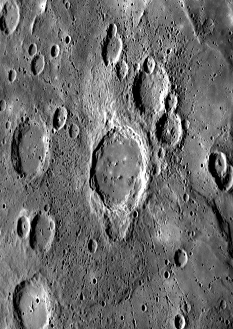 Mercury - Crater Ejecta and Chains of Secondary Impacts