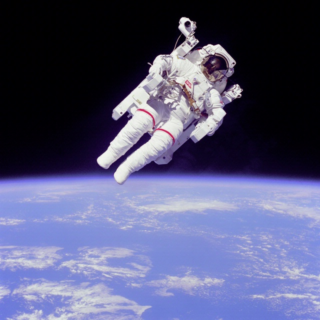 Bruce McCandless MMU Free Flight