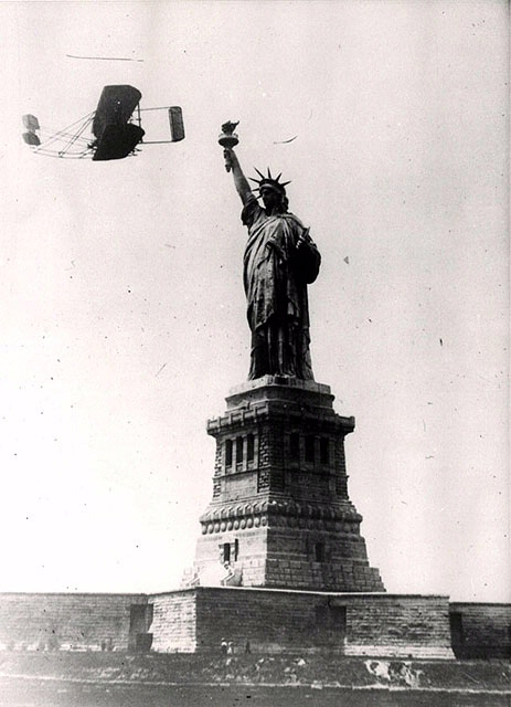 Wright Type A Flies by the Statue of Liberty