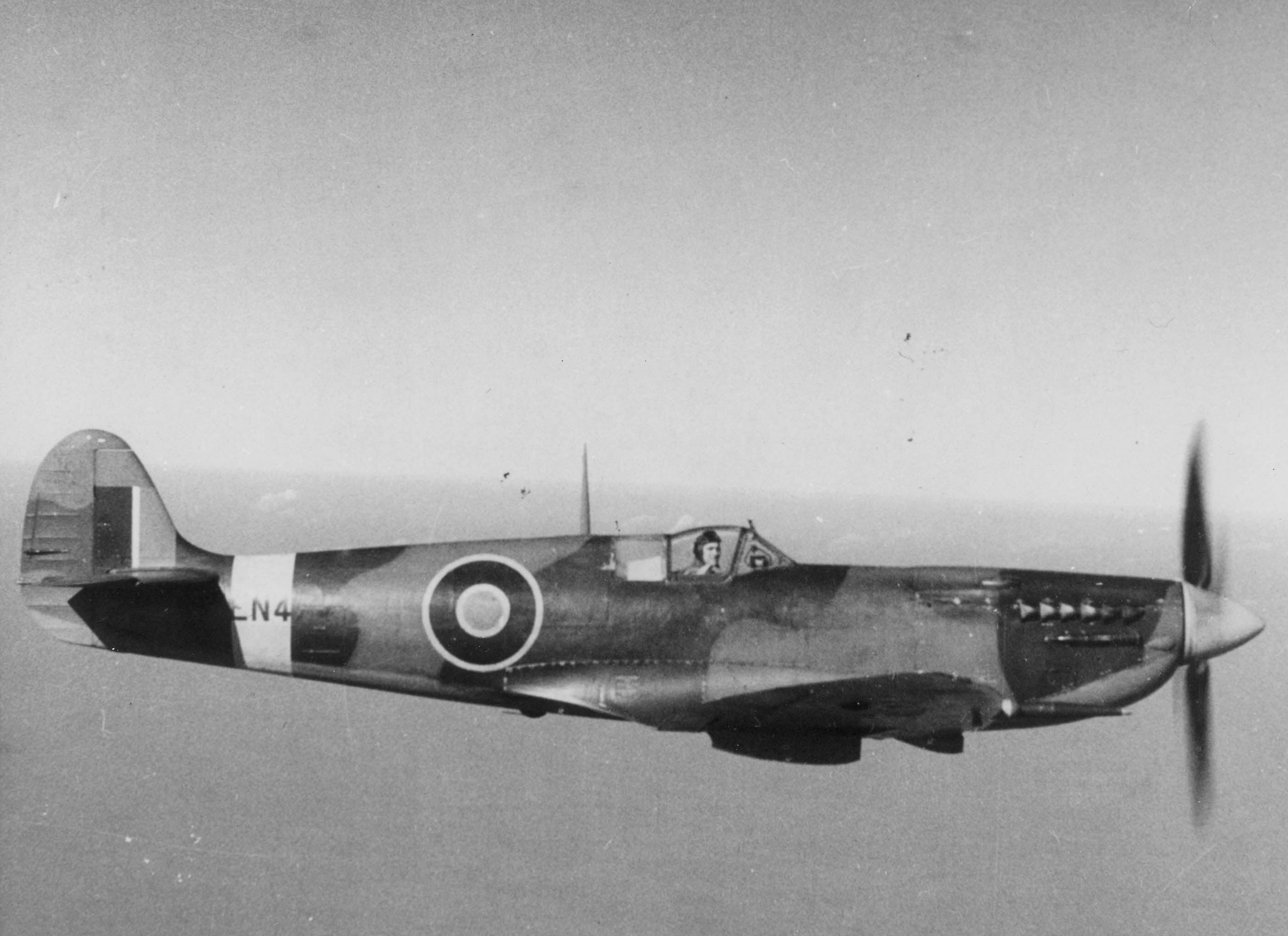 Image of : Supermarine Spitfire HF. Mk. VIIc