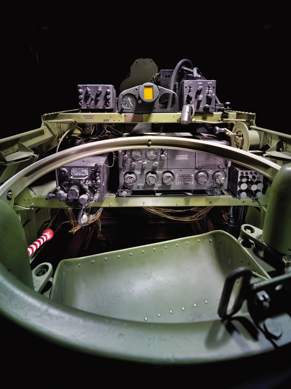 Image of : Curtiss SB2C-5 Helldiver