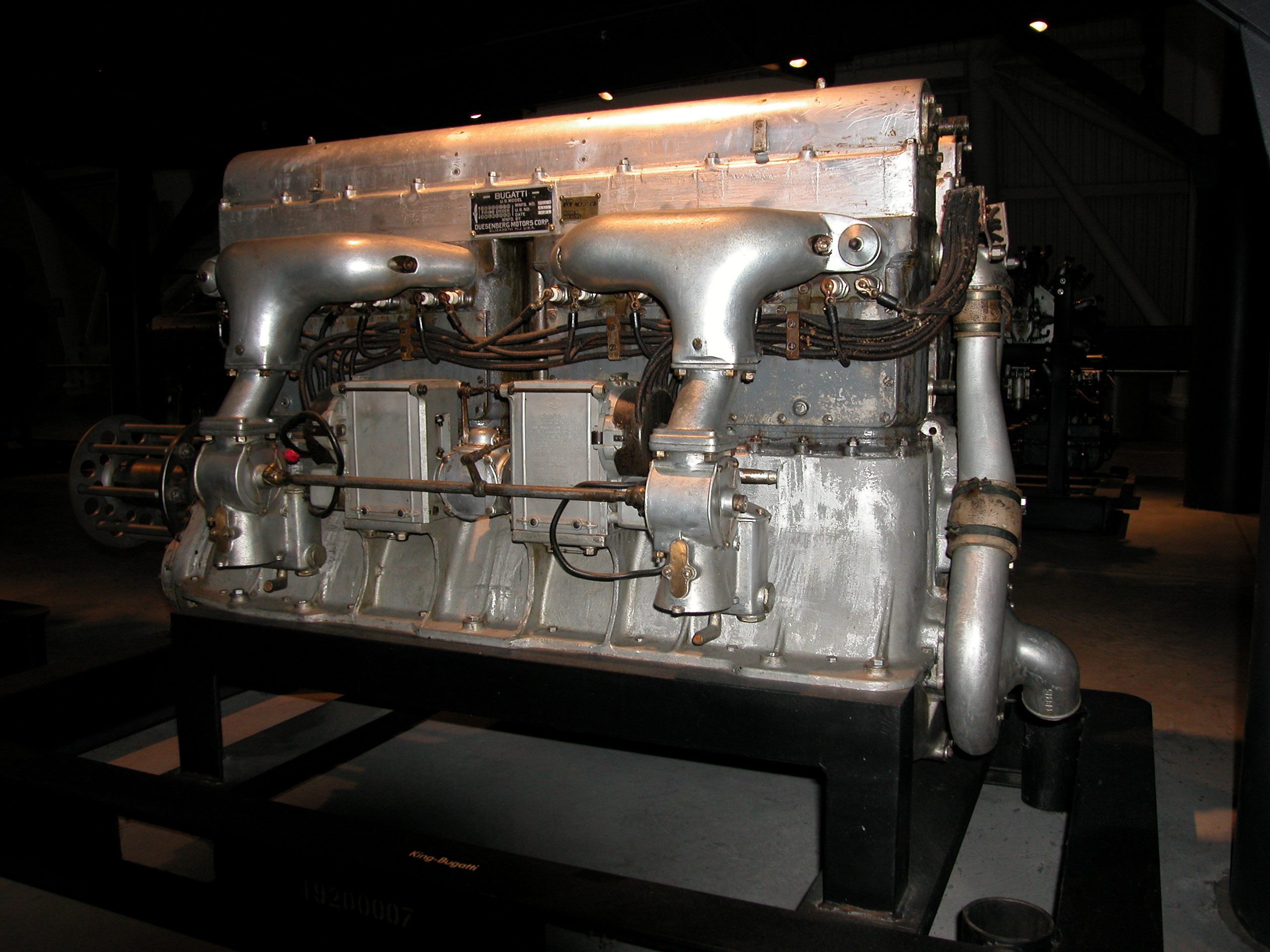 Image of : King-Bugatti U-16 Engine