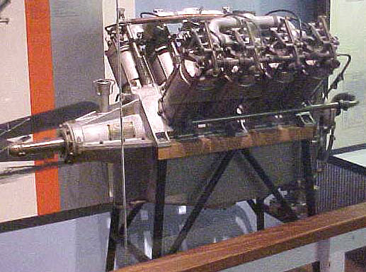 Image of : Curtiss OX-5 V-8 Engine