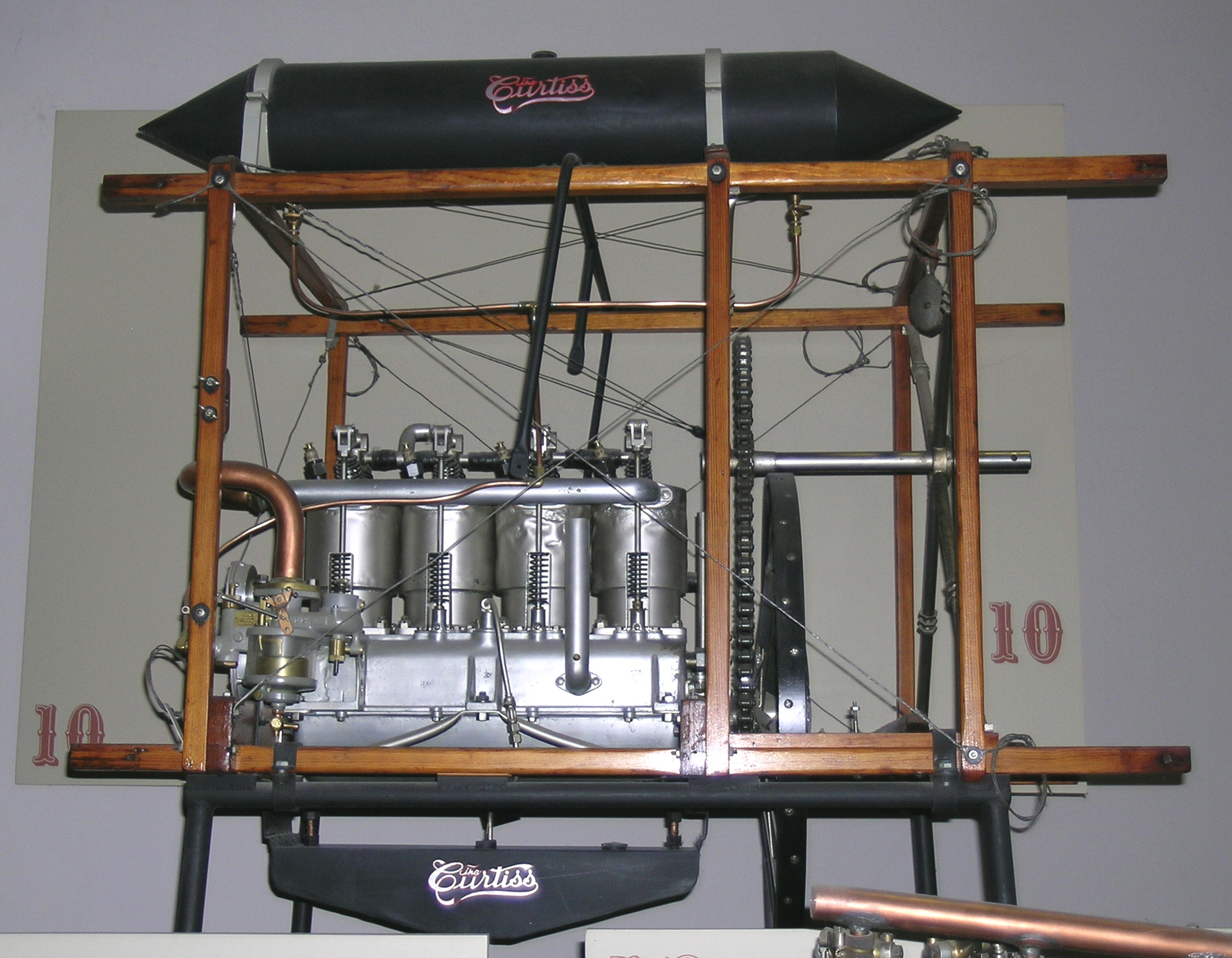 Image of : Curtiss E-4, In-Line 4 Engine