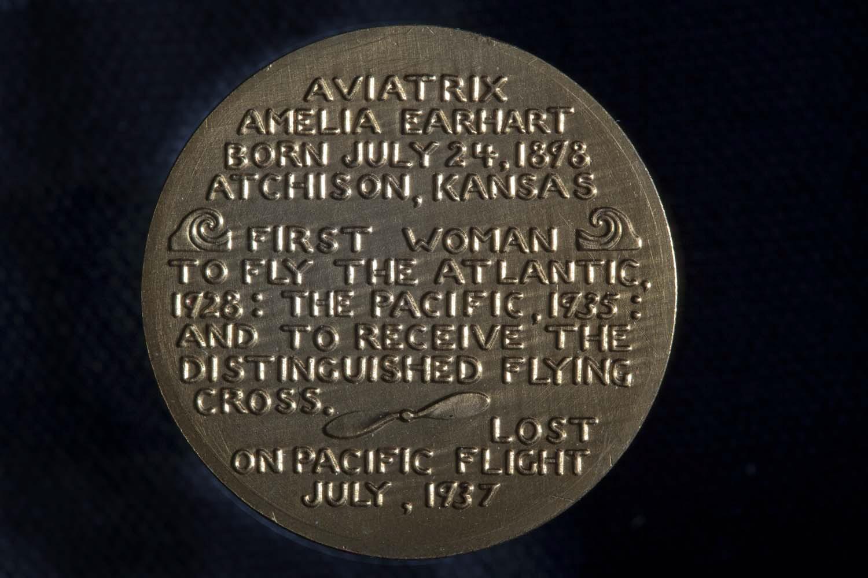 Image of : Medal, Amelia Earhart