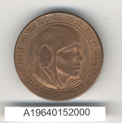 Image of : Medal, Amelia Earhart, First Woman to Cross the Atlantic by Airplane