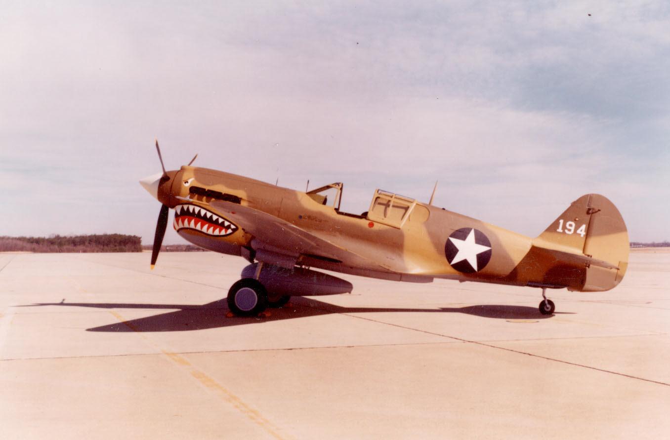 Image of : Curtiss P-40E Warhawk (Kittyhawk IA)