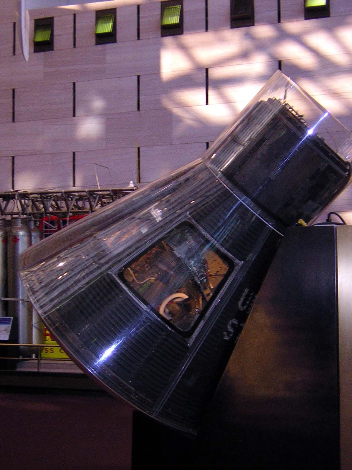Image of : Capsule, Mercury, MA-6