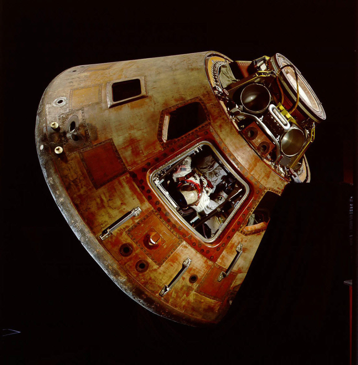 Apollo 11 Spacecraft Model - Pics about space