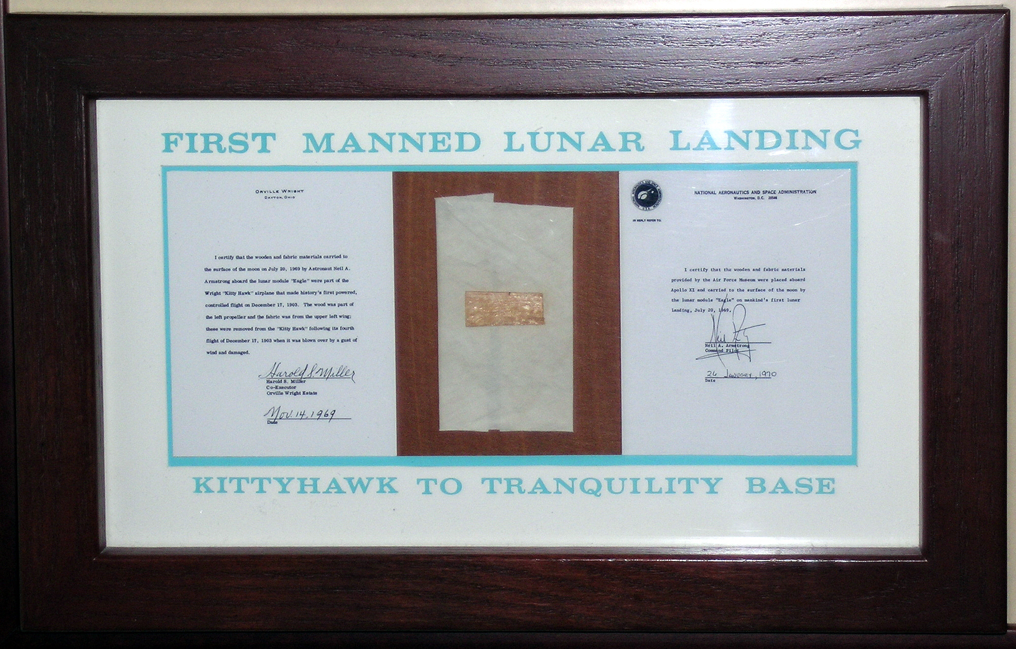 Image of : Plaque, Wright Brothers 1903 and Apollo 11 Flights