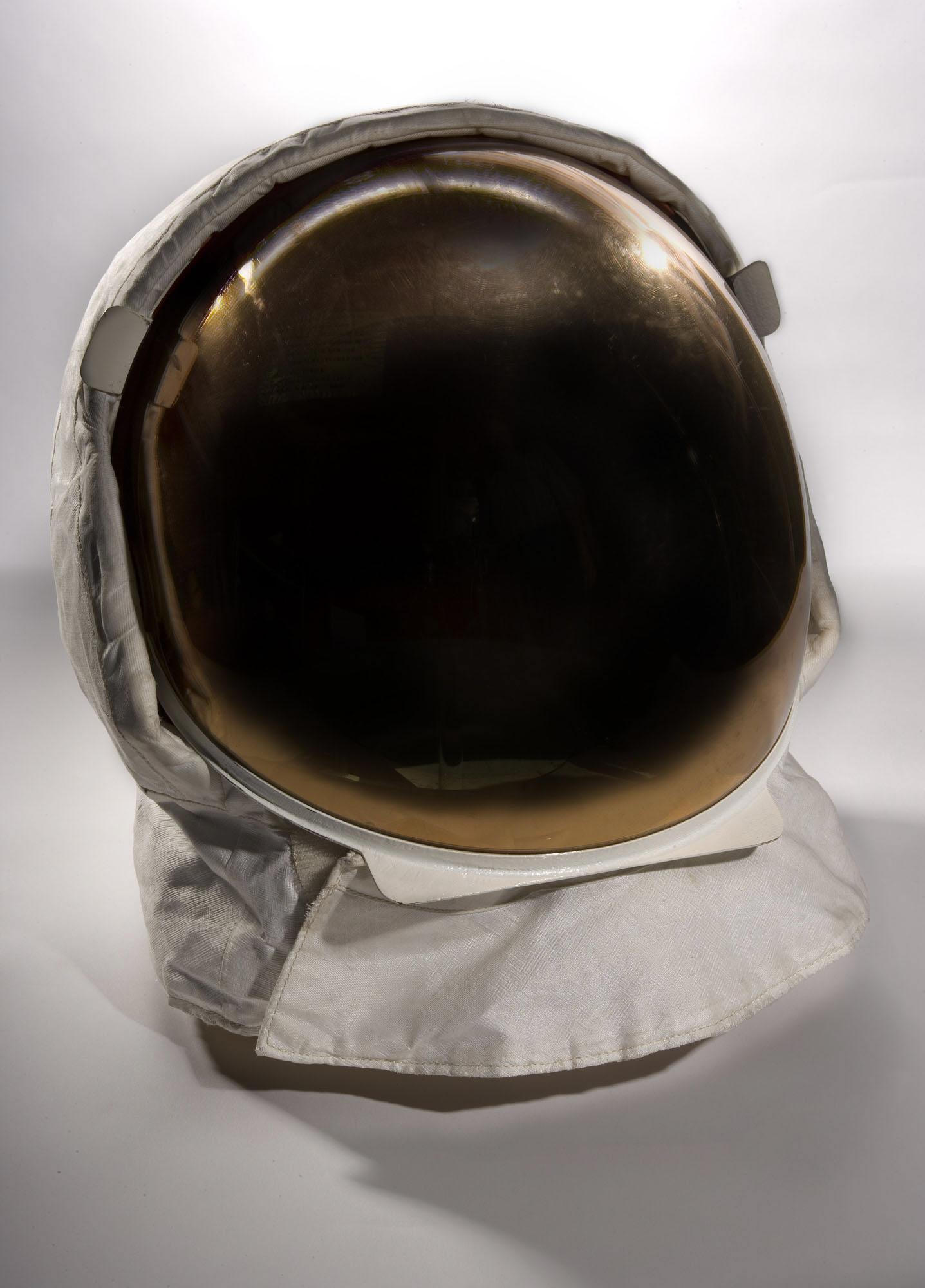 apollo 11 space helmet - photo #6