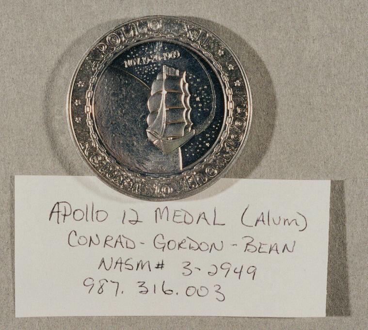 Image of : Medal, Commemorative, Apollo 12, Lombardo Mint