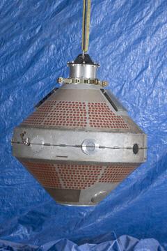 Image of : Satellite, Explorer 8, Replica