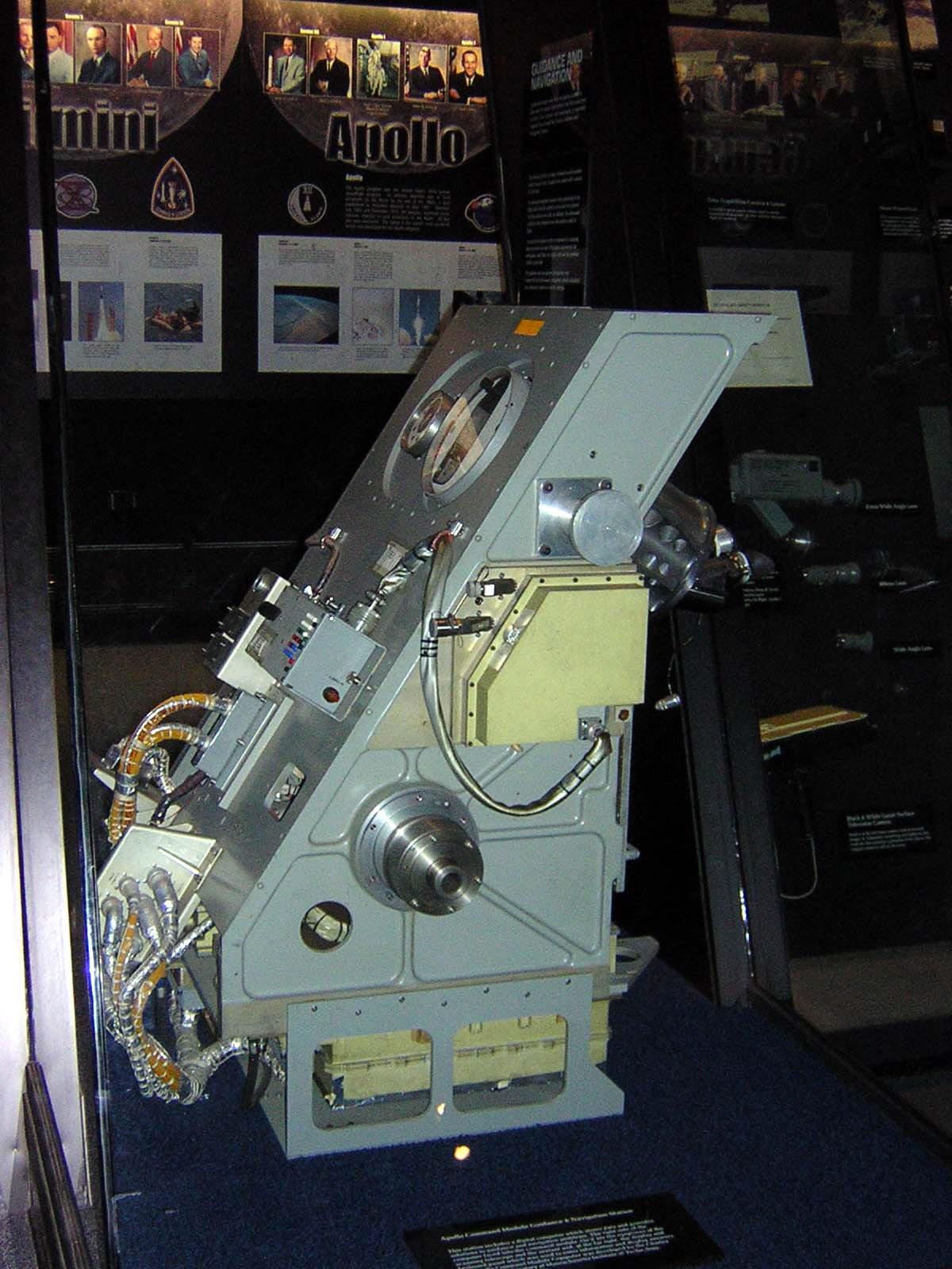 apollo spacecraft navigation - photo #6