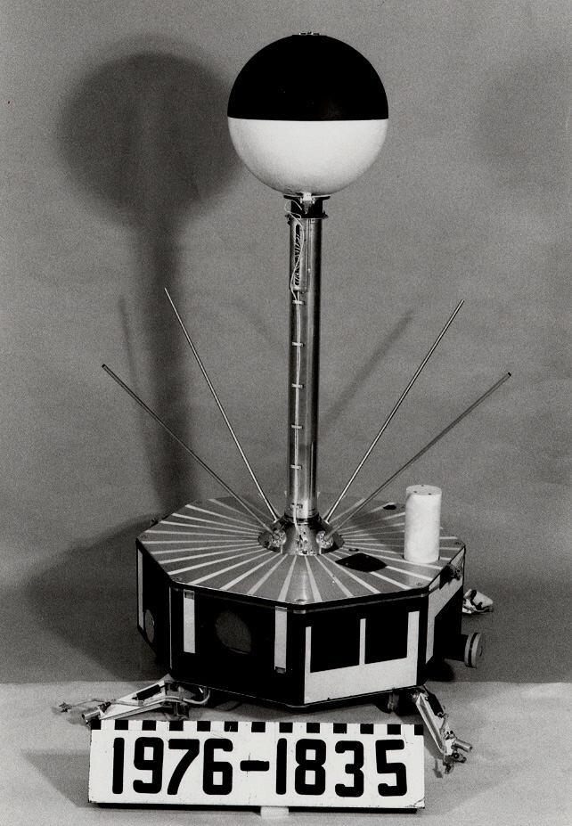 Image of : Satellite, IMP-A, Engineering Model