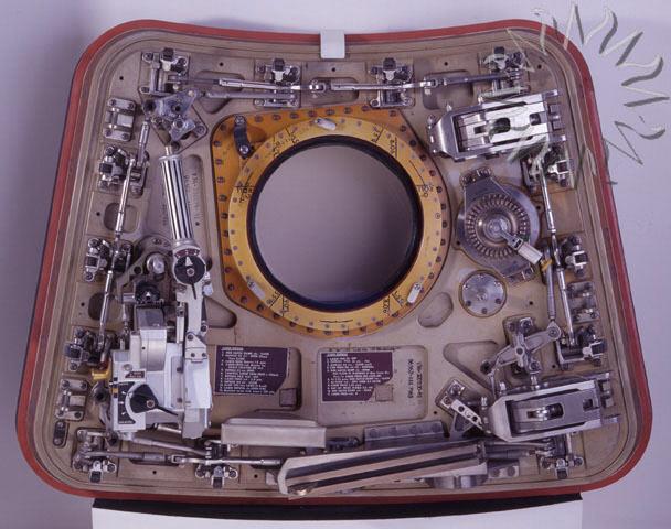 Image of : Hatch, Crew, Apollo 11