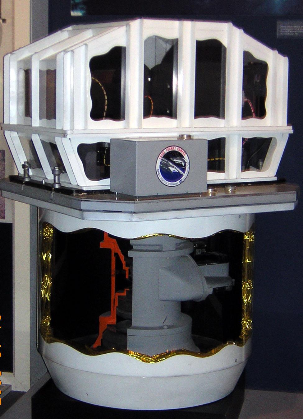 Image of : Model, Sensor, Large Format Camera