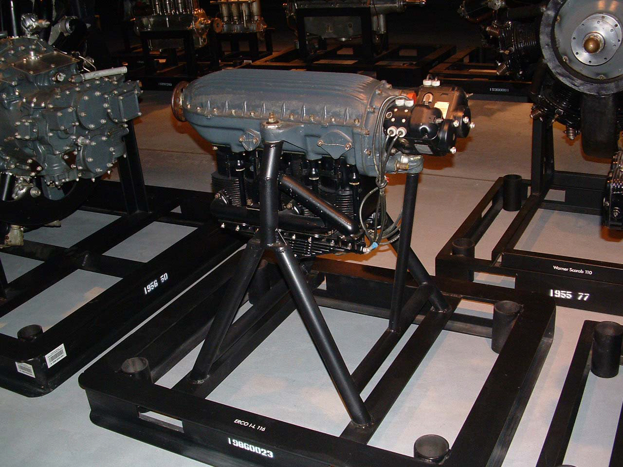 Image of : Erco I-L 116 In-line Engine