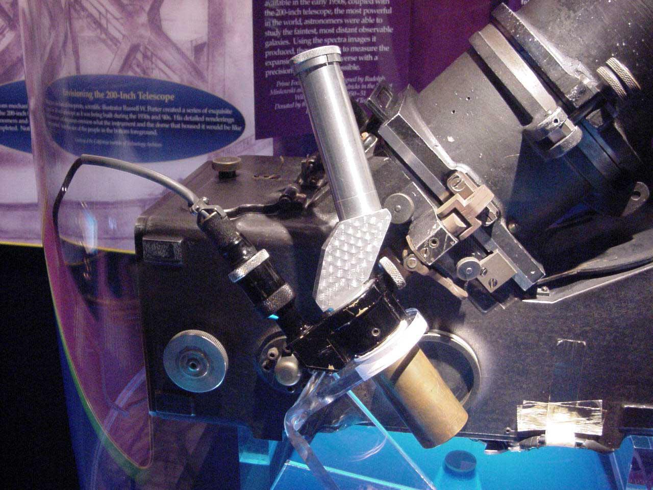 Image of : Spectrograph, Prime focus, Eyepiece, Illuminated