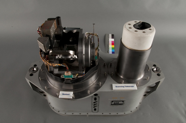 apollo spacecraft guidance system -#main
