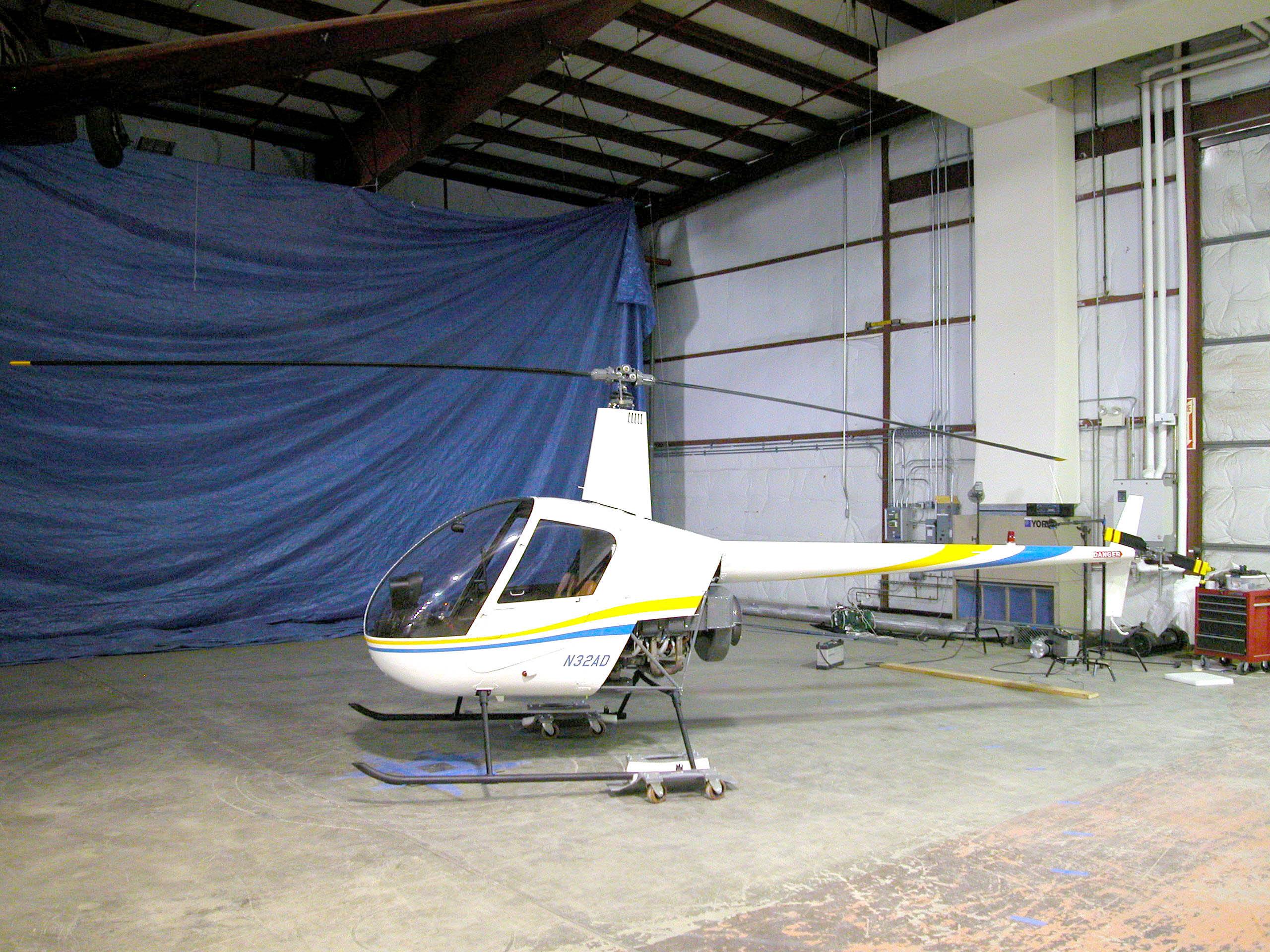 Image of : Robinson R22