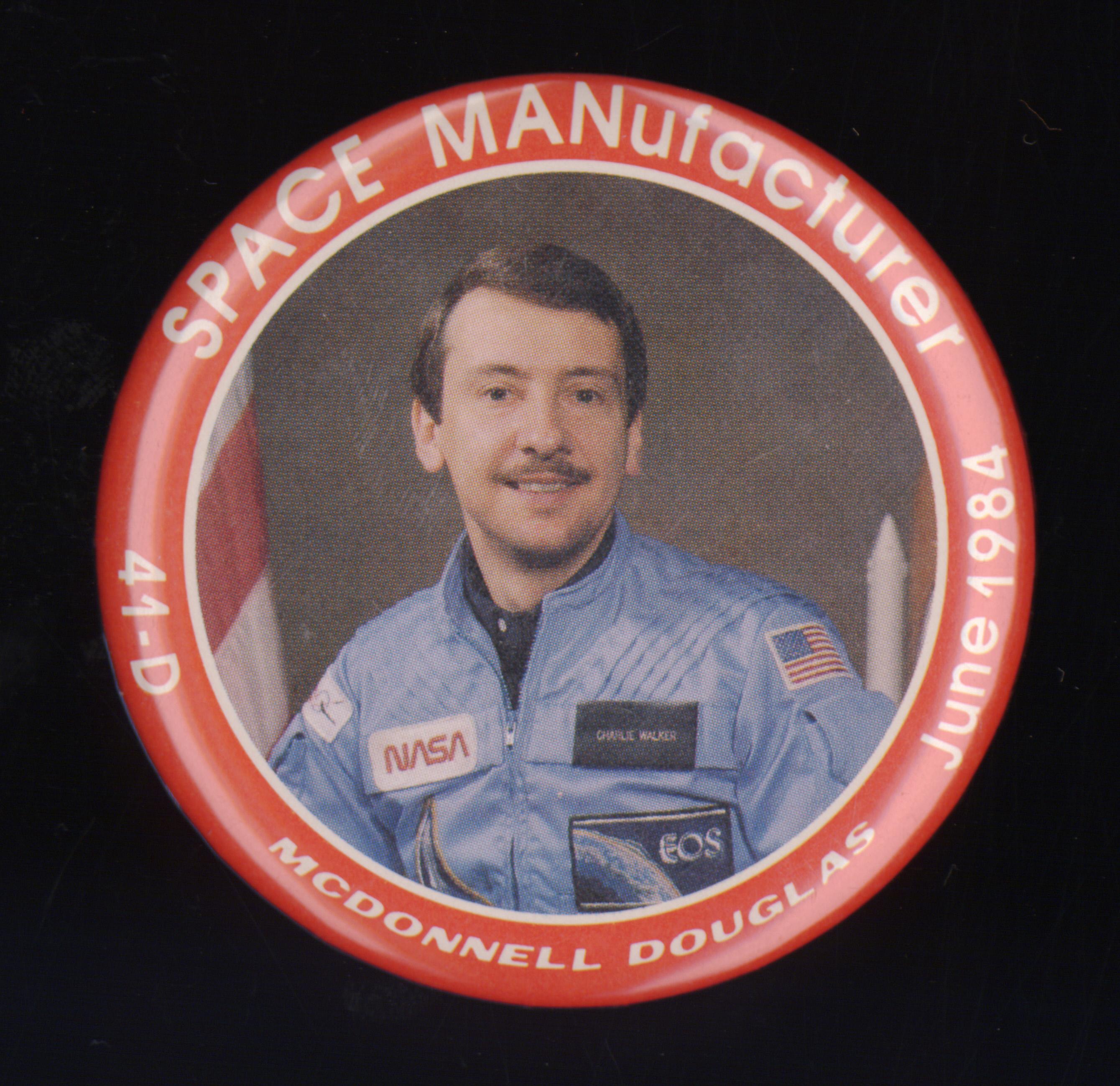 Image of : Button, SPACE MANufacturer, McDonnell Douglas
