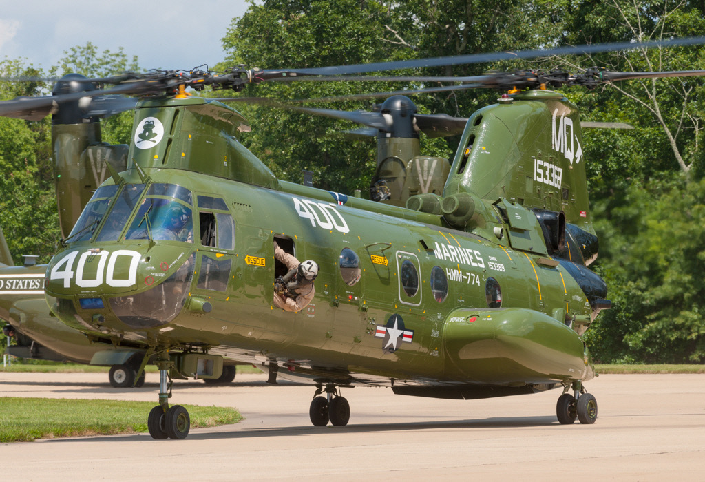 "Boeing-Vertol CH-46E Sea Knight ""Phrog"""