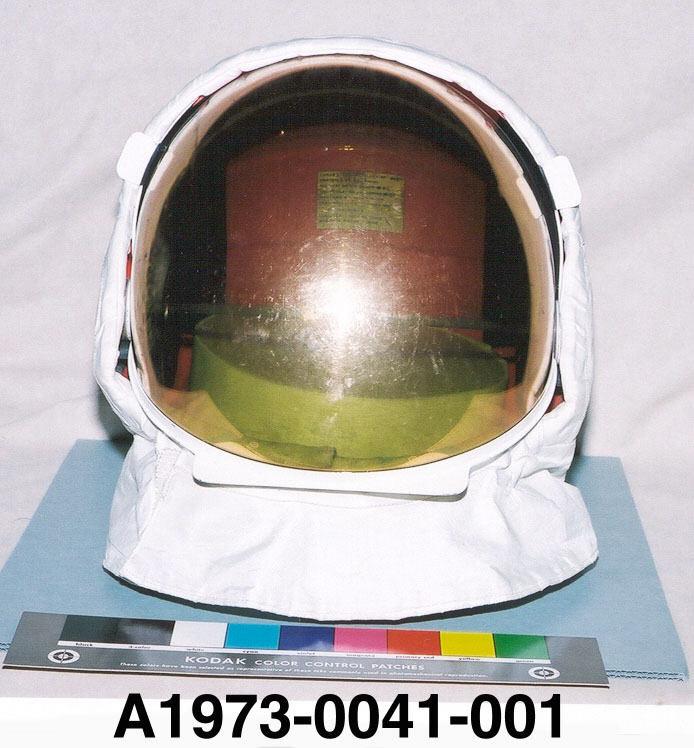 apollo 11 space helmet - photo #8