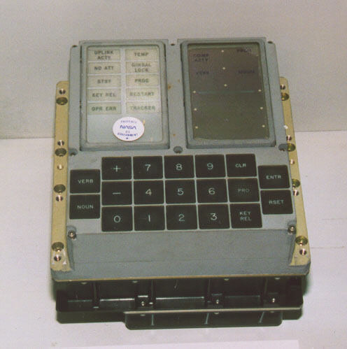 Keyboard, Display (DSKY), Apollo Guidance Computer | National Air ...