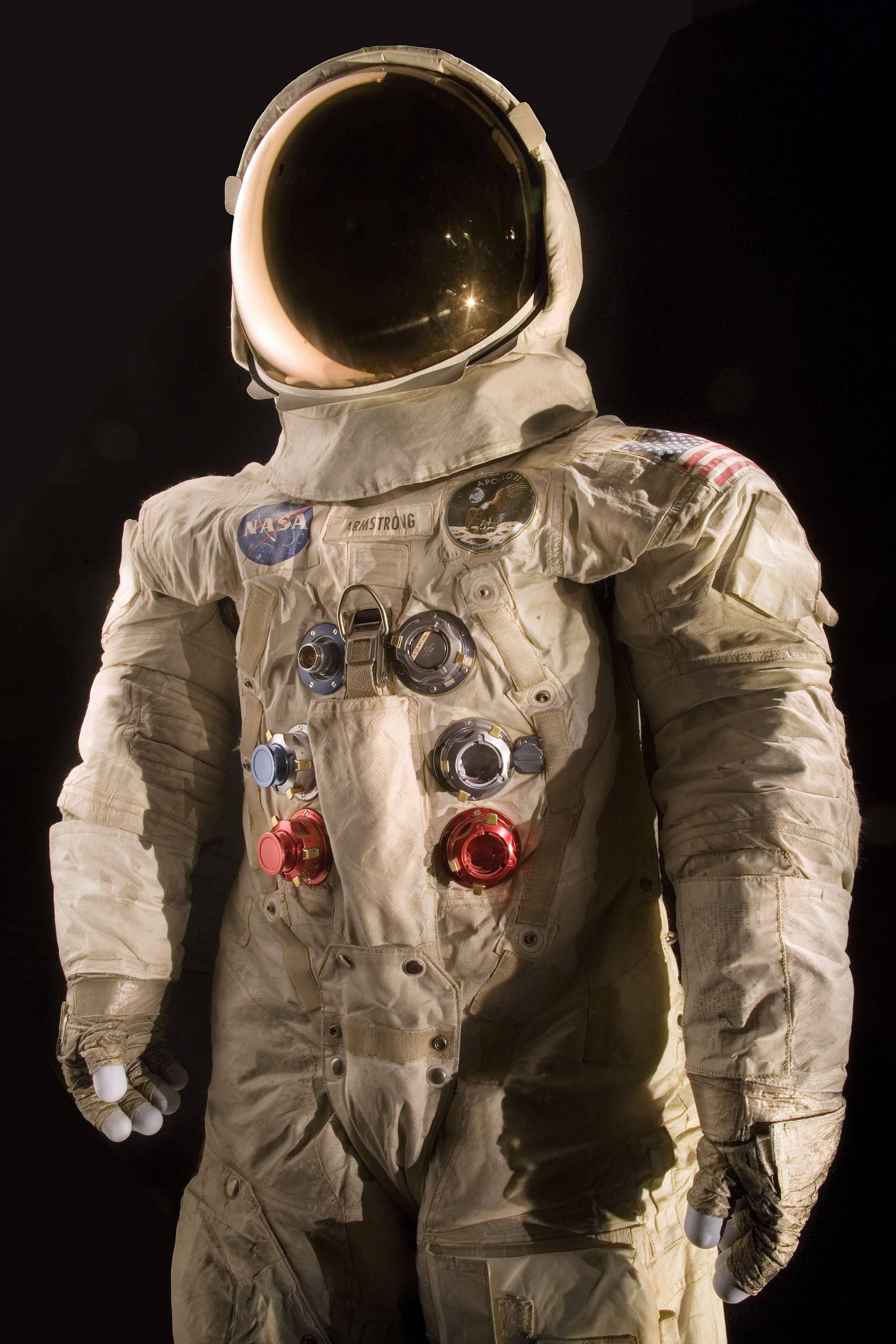 space suit bending - photo #8