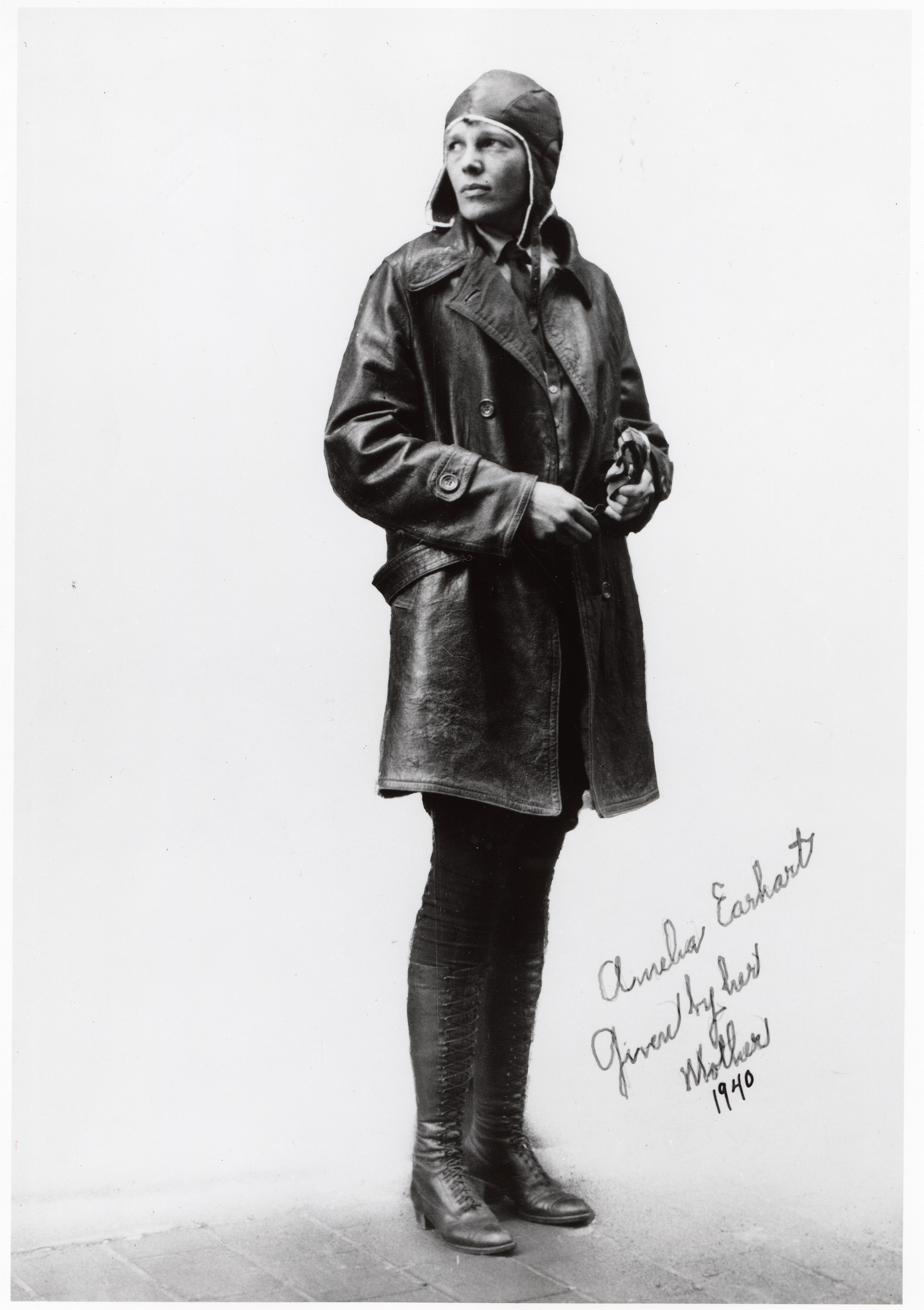 amelia earhart a woman with a Amelia earhart, born on july 24, 1897 in atchison, kansas, was the first female  pilot to fly across the atlantic ocean after going for a plane ride in 1920, earhart .