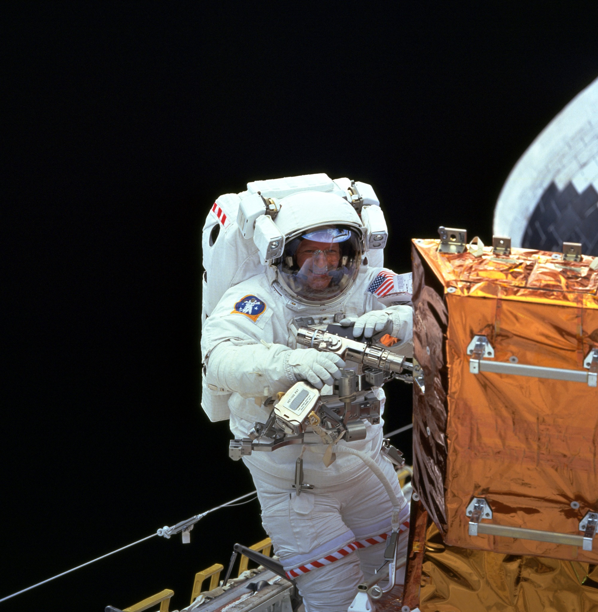 astronaut and spaceship - photo #23