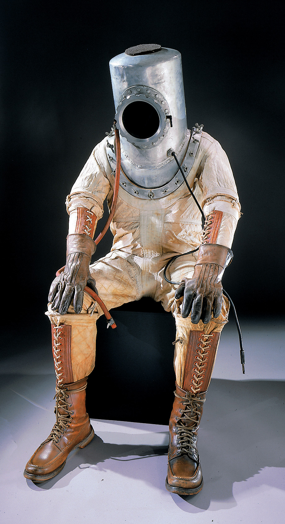 Pressure Suit used for High-Altitude flight (1935)   space d91d669073c