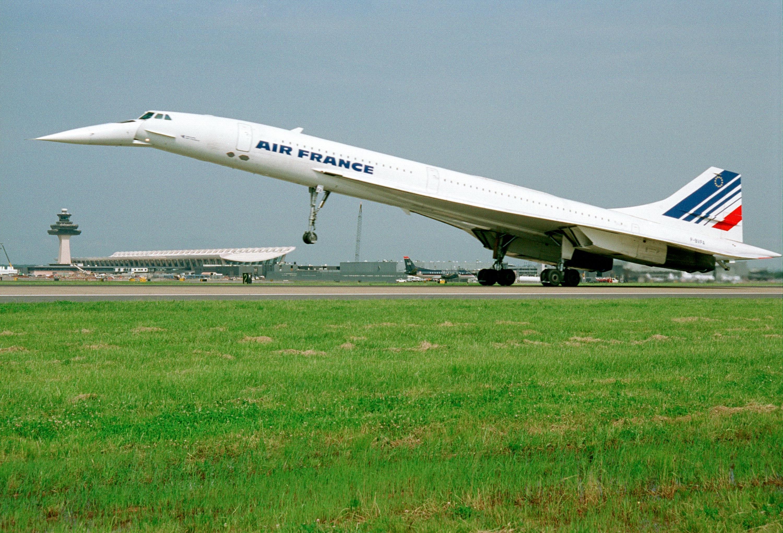 Air france concorde arrival at washington dulles airport for Interieur avion air france