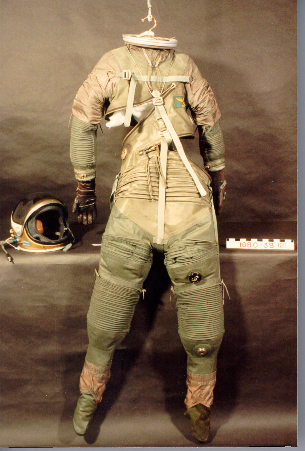 Arrowhead Pressure Suit | National Air and Space Museum
