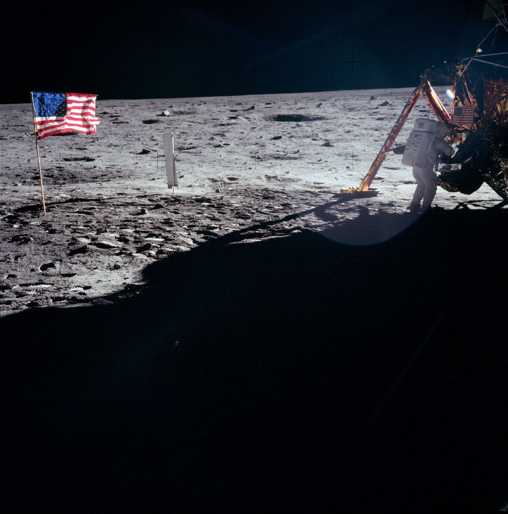 Apollo 11 Armstrong on Moon
