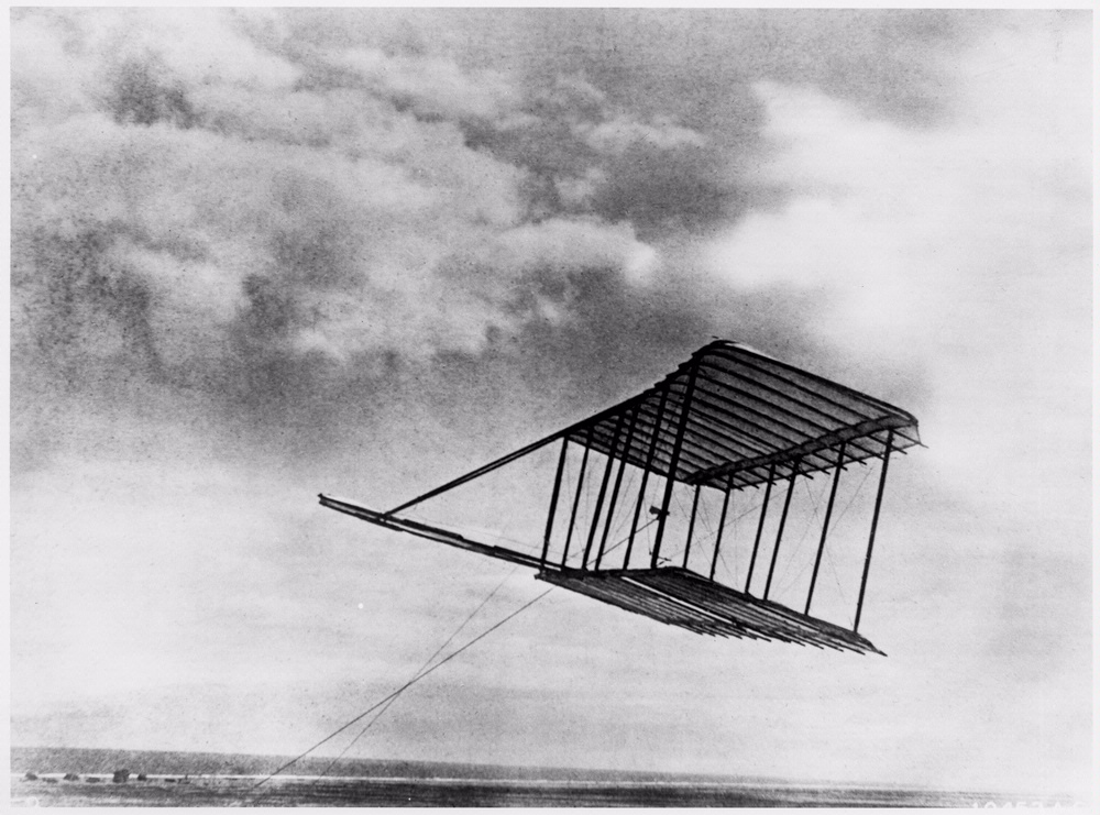1900 Wright Glider in Flight