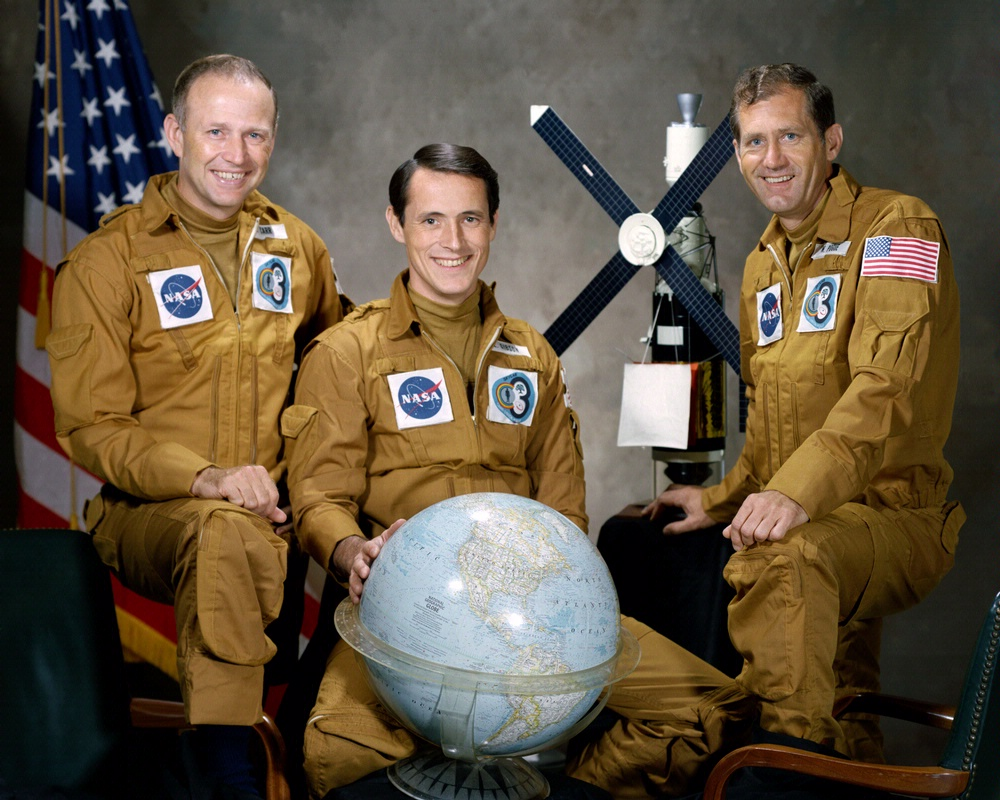Gerald Carr, Edward Gibson, William Pogue