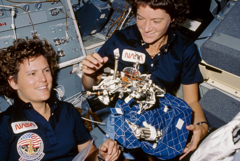 space shuttle challenger sally ride - photo #14